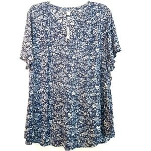 XXL Tall Old Navy Blue Floral Print Top - NWT